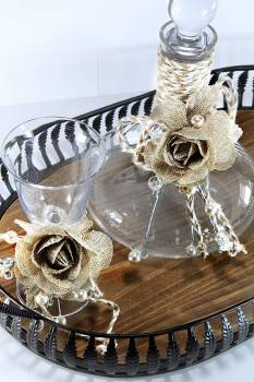 Set wooden - metal tray with bohemia burlap flower