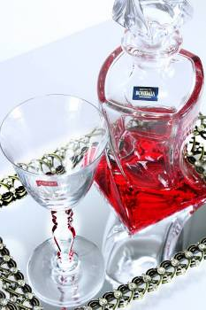 Set red quadro in golden strass tray