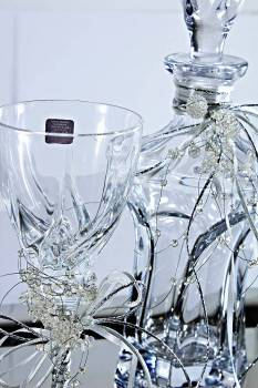 Set inox tray with apollo decanter & rcr glass