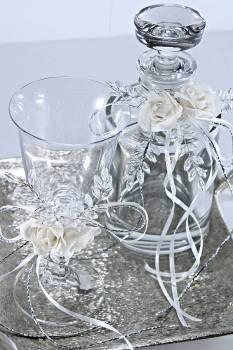 Set small decanter with metal square tray